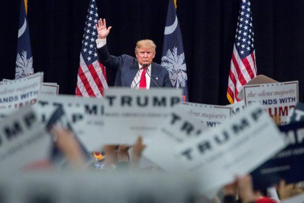 トランプはただの頭の悪い泡沫候補ではない――『トランプは本当に勝てるのか?』が解き明かす異様な大統領選の真実
