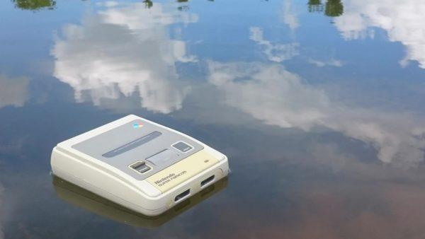 スーファミが泳ぐ? まさに水上ルンバ! ニコニコ技術部がゲームハード再生してみた