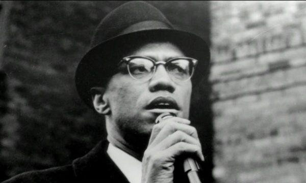 トランプ就任で再燃する人種問題――2人の黒人活動家・キング牧師とマルコムXの闘いの記録を今こそ見よ