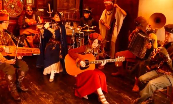 『サガフロンティア2』を民族楽器で演奏してみた。酒場のにぎわいを感じるような優雅な演奏風景