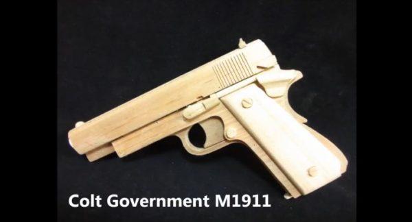 GLOCK19とM1911をフルオート連射できるゴム銃に改造! ホールドオープンもできる