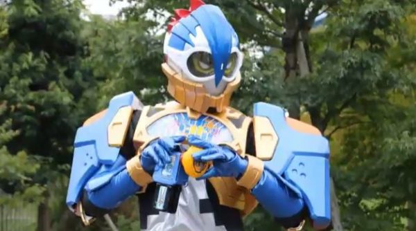 完全手作りの『仮面ライダーエグゼイド』パラドクスのコスプレの完成度がハイパークリティカルスパーキング!