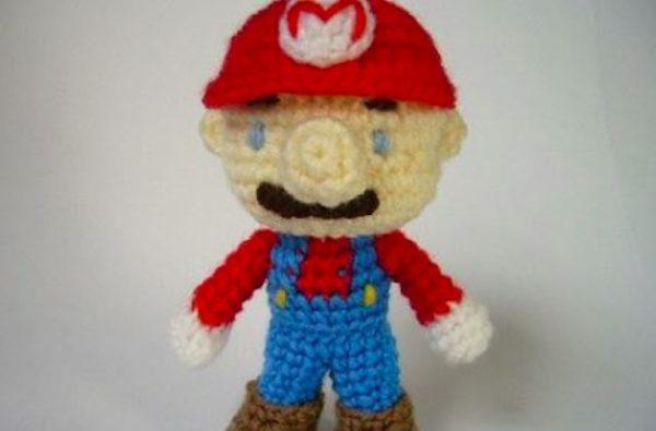 カービィ、ヨッシーに続いてマリオも毛糸に!? 『スーパーマリオ』を毛糸で編んでみた