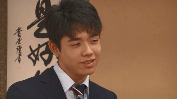 藤井聡太四段の心に残る先輩棋士の言葉「藤井君の年齢で三段というのは、将棋界ではすごく早いけれど…」