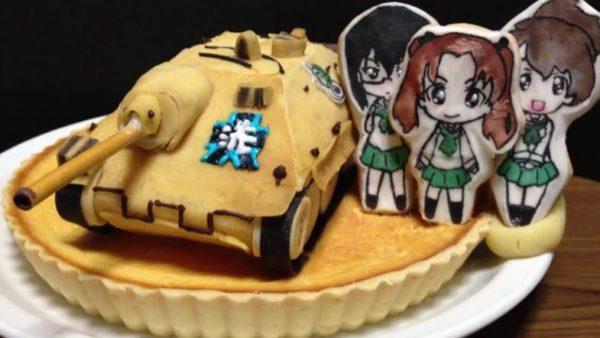 『ガルパン』フワフワのミルクレープ戦車ケーキを作る過程が「フルスクラッチのプラモデルみたい」と話題に