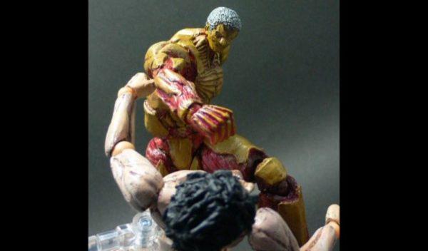『進撃の巨人』鎧の巨人をラオウのフィギュアを改造して自作! フル稼働で完全再現された戦闘ポーズに「強い! 絶対に強い!!」