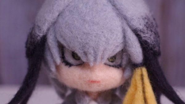 じ〜っと見る目ヂカラの再現度が高い! 羊毛フェルトで【けものフレンズ】ハシビロコウちゃんを作ってみた。