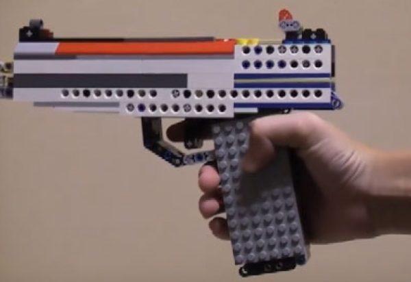 弾丸もLEGO!ボルトアクション式LEGO銃を作ってみた。