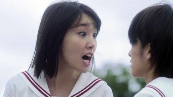 映画『暗黒女子』主演の飯豊まりえが泣きながら女優として乗り越えた課題。「セリフ1つのために2週間リハやらせた」監督・耶雲哉治が明かす