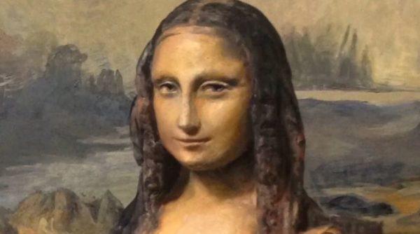 まるでトリックアート? 紙粘土で『モナ・リザ』を作ってみた