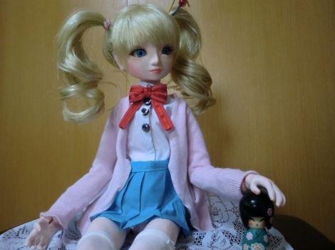 ガラスケースの中に納めてずっと眺めていたい! 『きんいろモザイク』アリス・カータレットの球体関節人形を作ってみた