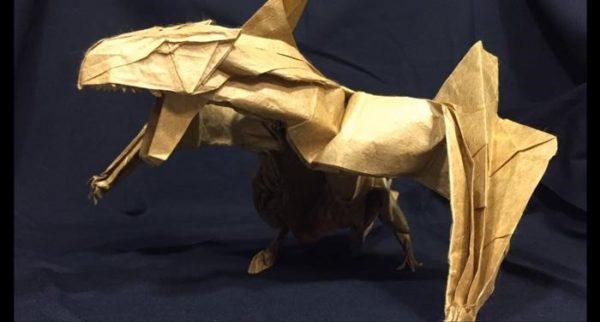 折り神様が降臨!ティガレックスを1枚の折り紙で作った 大迫力の雄姿に「折るってレベルじゃねえぞ」「俺の知ってる折り紙じゃない」の声