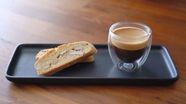 至福のコーヒーブレークに添えて――アーモンドの香りと香ばしさが美味しいお菓子「ビスコッティ」の作り方