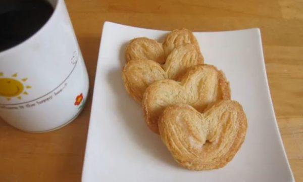 """「源氏パイ」の作り方、知ってた? 冷凍パイシートとグラニュー糖だけで作れる、サクサク焼き菓子""""パルミエ""""のレシピ"""