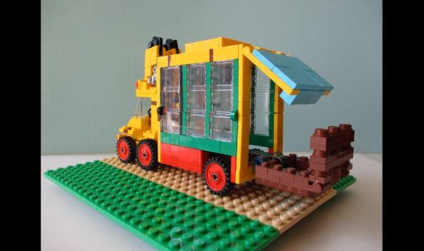 レゴのコマ撮りで再現した『けものフレンズ』OP。ジャパリバスがトランスフォームする予想外の展開に「2期はロボットアニメだったか」