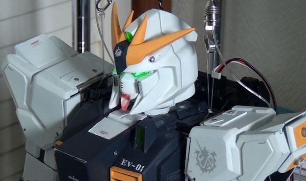 「νガンダムは伊達じゃない!」二足歩行ロボットで再現したνガンダムが様々なアクションを披露