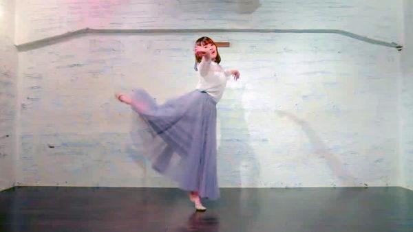 透明感の女神さま、尊すぎる笑顔と優雅なダンスで魅せる! バレエのようなしなやかな身のこなしに「見入ってしまう…」【踊り手:のんぷん】