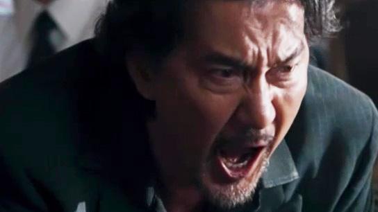 映画『孤狼の血』アウトロー刑事を演じる役所広司の演技を評論家らが語る。「『シャブ極道』のキレッキレの役所さんが帰ってきてくれた」