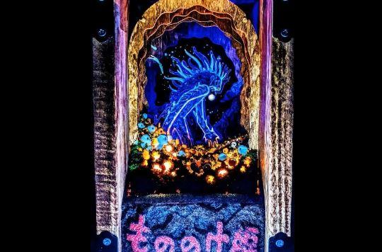 """ペーパーシアターで『もののけ姫』デイダラボッチを立体的に再現。""""こだま""""に囲まれ光輝く姿が幻想的で美しい…!"""
