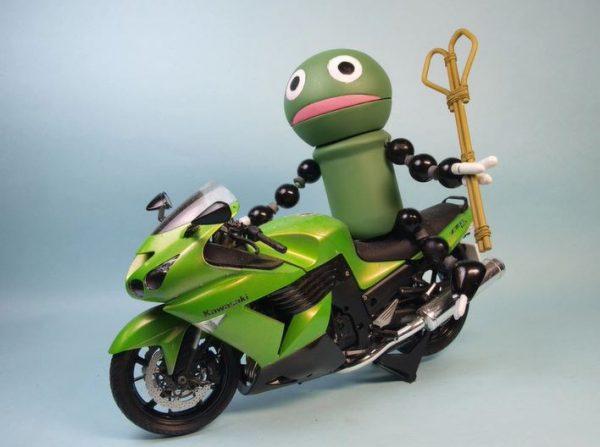 食らえこのブサイクスレイヤーの威力を‼ 緑色のハンサム『ゲノム』のパクマンさんを作ってみた