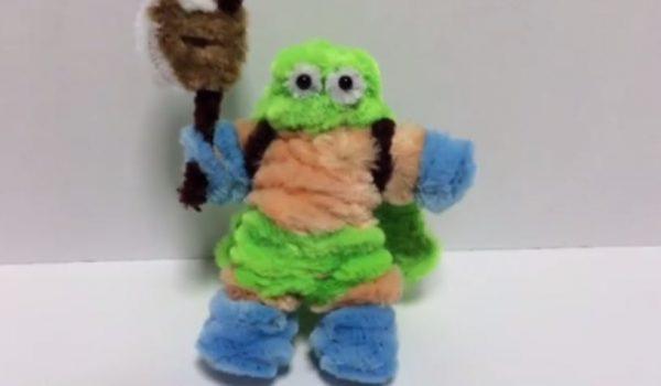 """『ドラクエ3』カンダタを""""モール""""で作ってみた。覆面パンツでモリモリ筋肉…色を変えればオルテガに⁉"""