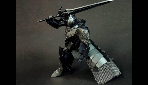 """ガンプラ「HGUC ネモ」を""""悪堕ち騎士風""""に改造してみた。その姿はまるで『ダークソウル』のアルトリウス!"""