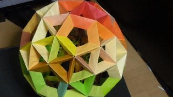 150枚の折り紙で変形十二面体を作ってみた! 複雑な折り目を組み合わせた美しいグラデーションに「あらきれい」「おしゃれ」