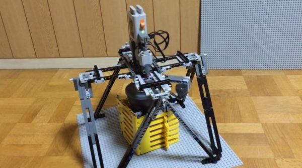 """レゴで手動式コーヒーミルを電動化した! ロマンを体現したゴツイ装置と""""レゴ愛""""に「マジすげぇ(尊敬)」「もうレゴ飲め」と称賛の声"""
