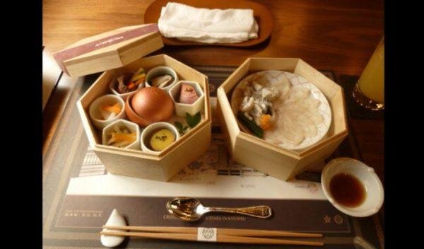 """クルーズトレイン「ななつ星in九州」に乗ってみた! 豪華寝台列車の""""極上の""""お食事レポートに「わー美味しそうw」の声"""