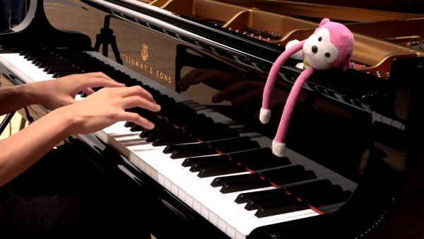 演奏動画が育てたピアニスト・まらしぃが『ちょっとつよい天国と地獄』を演奏! 左手荒ぶるアレンジが最高に熱い
