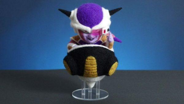 『DRAGON BALL』フリーザ様を羊毛フェルトで作ってみた! スカウターを構え、不敵な笑みを浮かべる姿に「守りたいこの笑顔」の声