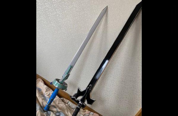 """『SAO』キリトの「エリシュデータ」とアスナの「ランベントライト」をアルミ合金で作ってみた!? CADを使わず""""職人の技""""で仕上げた剣は一見の価値アリ"""