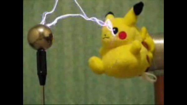 これが本当の10万ボルト⁉ 『ポケモン』ピカチュウの電気技を再現してみた!