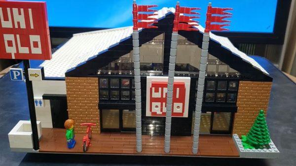 """レゴで""""郊外っぽいユニクロ""""を作ってみた! 店舗の陳列方法やバックヤードまで作り込み「これぞユニクロ」な完成度に"""
