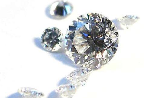 """パワーストーン好きは必見! ダイヤモンドは""""鉱石""""、オパールは""""鉱物""""…意外と知らない!? 鉱石と鉱物の違いを解説"""