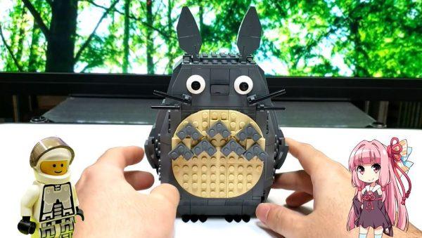 """レゴブロックで""""笑顔になる""""「トトロ」を作ってみた! シンプルなギミックで見ているこちらも笑顔に"""