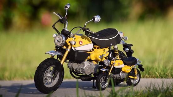 制作期間半年⁉ 紙で作られた「HONDAのバイク」があまりにも精密で「想像以上にガチだった」「作り方わかっても真似できない」の声