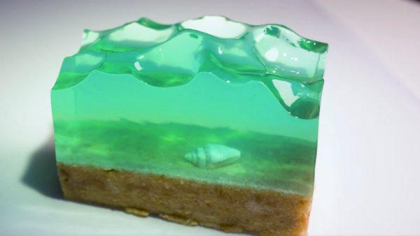 海のようなゼリーが美しすぎて大絶賛! サイダーで作った青く透明なゼリーは完全に理想の絶景ビーチ