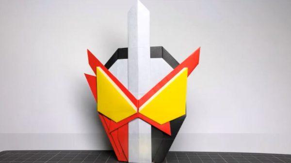 「仮面ライダーセイバー」を折り紙にしてみた! 3枚の紙を組み合わせ、剣が特徴的なデザインを見事に再現!