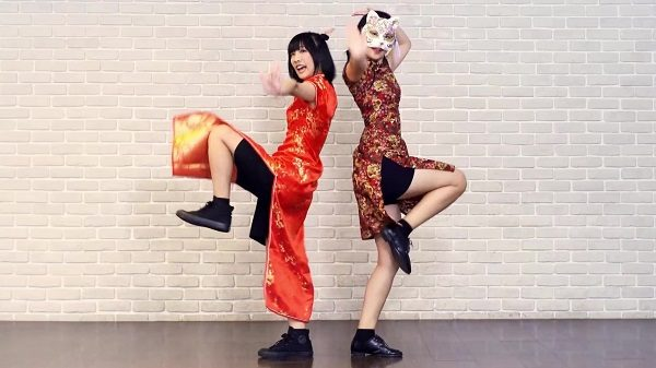 チャイナドレス姿の台湾娘×2が踊ってみた! ビシッと決めた可愛いカンフーポーズに「キレ良すぎ」「我愛你」の声