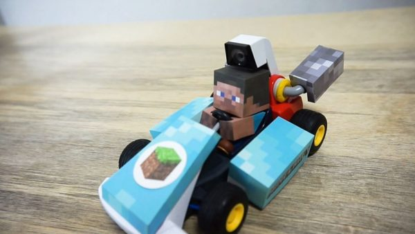"""マリオカートを""""マイクラ風""""にアレンジ! スティーブがブロックで作ったコースを走り出し「凄すぎて草」「あなた天才ですか?」の声"""