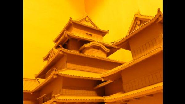 ダンボールだけで松本城を作ってみた⁉ プラモ顔負けの完成度に「すごすぎる!」「はい紙」など称賛の声も