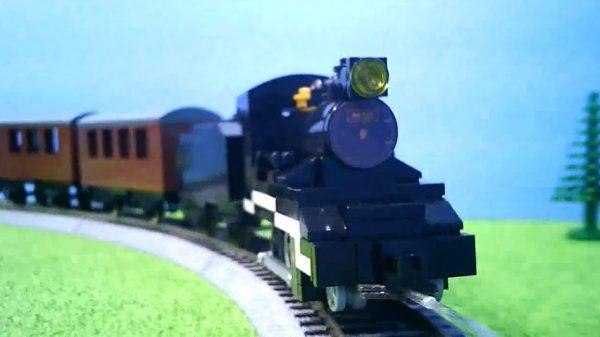 """『鬼滅の刃』の「無限列車」を""""レゴで""""作ってみた HOゲージに改造されたレゴトレインが炭治郎たちを乗せて駆け抜ける!"""