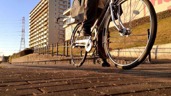 """こぐと京急""""歌う電車""""の音がする自転車を作ってみた! 速度に合わせて「ドレミファ~~ェェェェンーンー」と奏でるママチャリがとっても楽しい"""