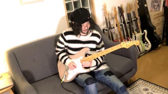 『ロックマン3』のOP曲をギターで弾いてみた 懐かしのBGMがカッコよく蘇る!
