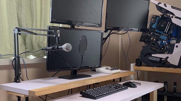 パソコンデスクを自作してみた! 使い勝手を考えた仕上がりに「いいね!」「やっぱ自作に限る」の声