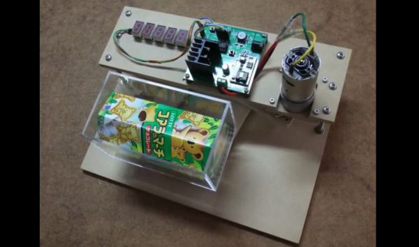 """コアラのマーチから巨大チョコボールを錬成? 振りに振ってコアラのマーチを塊にする機械を""""ガチで""""作ってみた"""