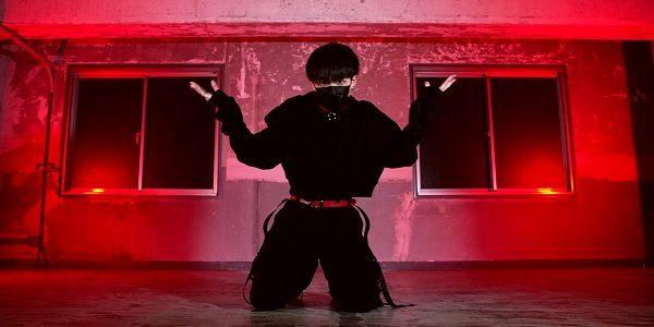 K-POPアイドル風男子のダンスがセクシーすぎる! ドキドキが止まらないしなやかなステップに「踊りもビジュも最高すぎる」