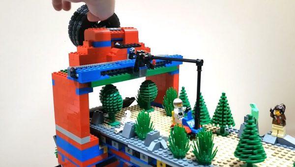 昔のゲーセンにありそうな「ラリーゲーム装置」を作ってみた! レゴによるレトロゲーの再現に「凝ってるなw」「面白そう」の声