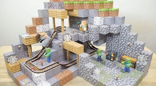 "『Minecraft』の世界をペーパークラフトで再現…""トロッコが走る""廃坑を作ってみた!"